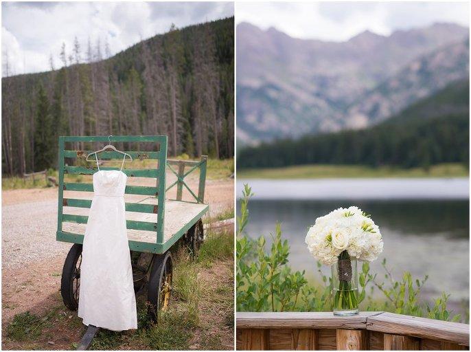 Colorado mountain wedding dress photo