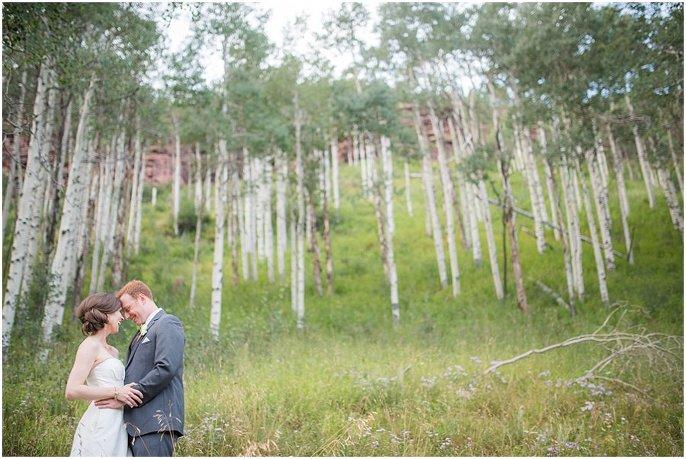 bride and groom romantic photo in colorado aspen photo